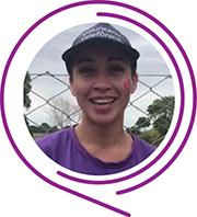 Rosto de Ivania Borges, durante o Dia dos Voluntários