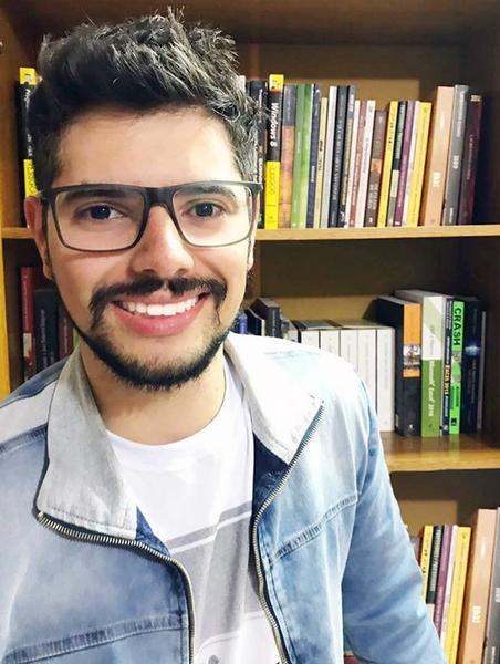 Paulo Antonio Pasqual Junior,professor licenciado em computação e mestre em educação