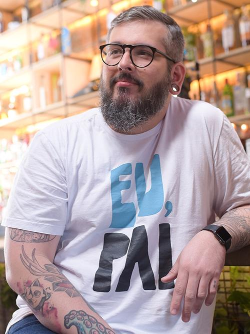 Thiago Queiroz, criador do Paizinho, Vírgula.