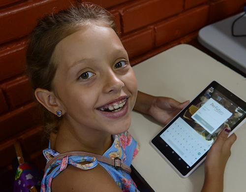 Informe Social da Fundação Telefônica Vivo: Educando para Transformar