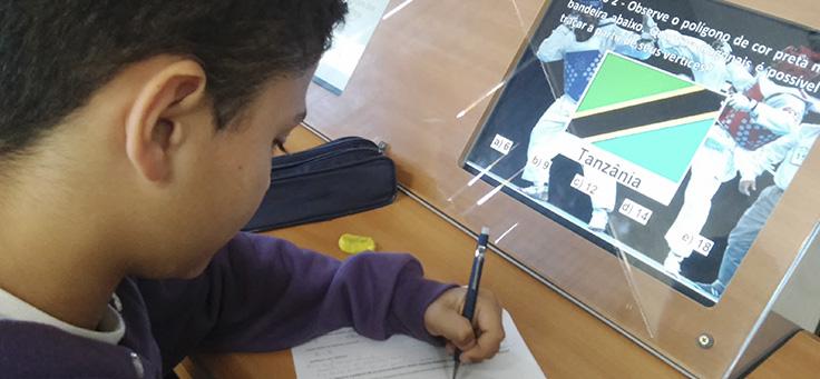 Jogos digitais e recursos tecnológicos mudam a dinâmica em sala de aula