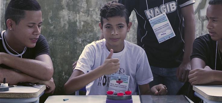 Alunos da Escola Janela, de Goiás, retratada na série Janelas de Inovação