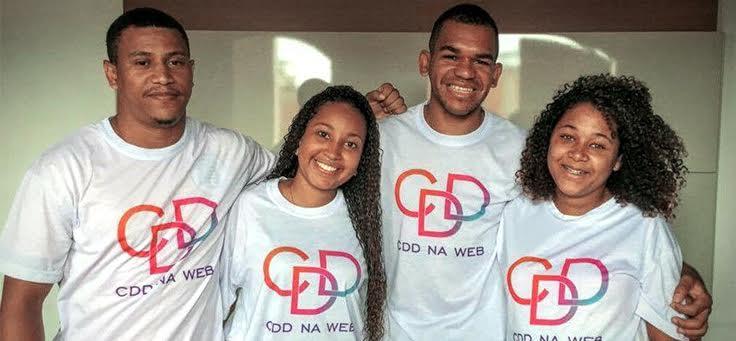 Equipe do CDD na Web (a partir da esquerda): Lindeberg Silva, Noemy Farneze, Rafael Melo e Joyce Veloso