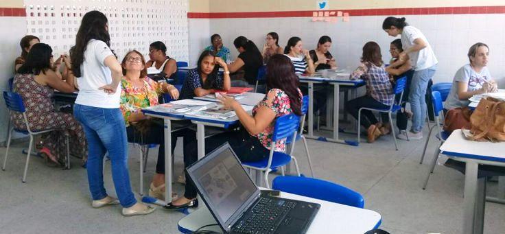 Participm das oficinas sobre inovação educativa professores da rede de ensino de Sergipe. As oficinas fazem parte da etapa inicial de formação do Projeto Aula Digital, iniciativa global da Fundação Telefônica e Fundação ProFuturo.