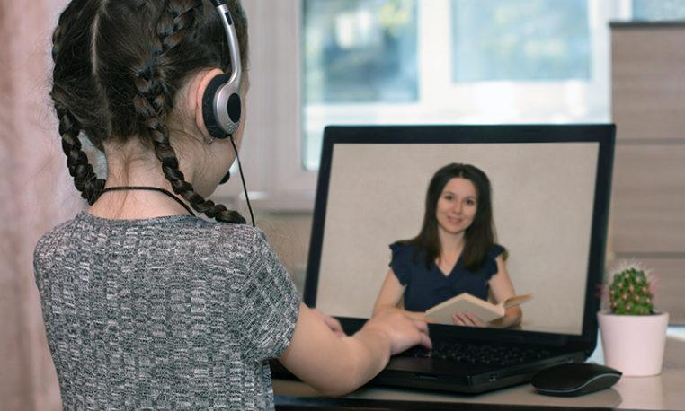 Biblioteca digital indica livros didáticos para leitura em voz alta com crianças
