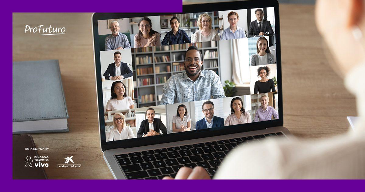 A imagem mostra a tela de um computador onde se vê várias pessoas em videoconferência
